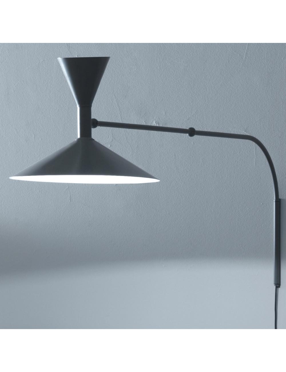 Lampe de marseille design le corbusier di nemo su eluce - Lampade a parete design ...