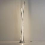 Biluce Segmenti Lampada Terra LED con Aste incrociate