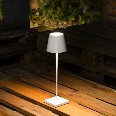 Lampada Portatile LED ricaricabile per esterni ed interni